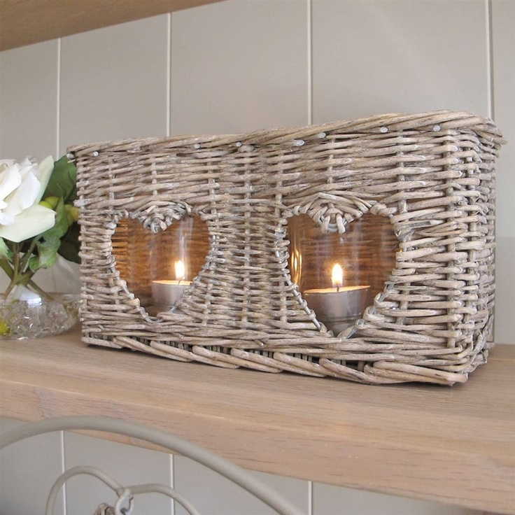 Double heart willow candle holder