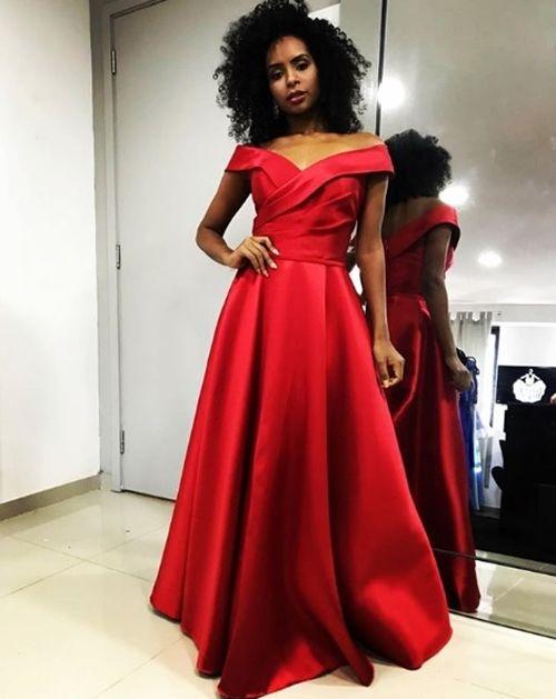 Vestido vermelho longo para (com imagens) | Vestido vermelho longo, Vestido de noiva vermelho, Vestido vermelho