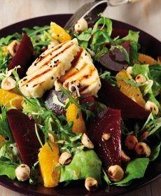 Η υγιεινή διατροφή χωρίς πλούσια ποικιλία τροφών δε νοείται. Οι πολυσαλάτες είναι μια καλή βάση σε μια καθημερινή  υγιεινή διατροφή γιατί συνδυάζουν έξυπνα πολλά συστατικά μαζί σε ένα μόνο γεύμα.