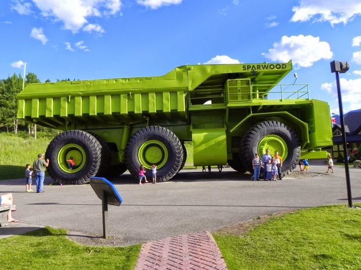 World's Largest Dump Truck, Sparwood, BC