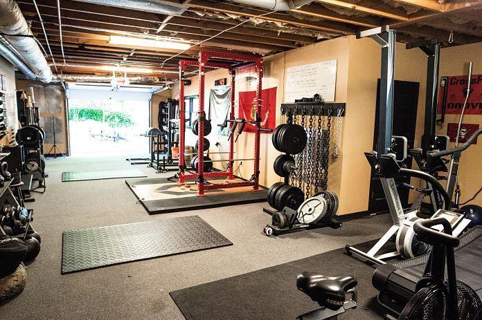 Step Into Rovefit An Unbelievable Garage Gym Home Gym Garage