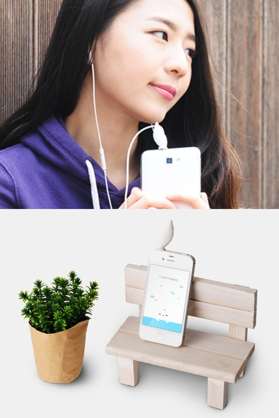 Line Tail Swan earphone line winder by Sumneeds