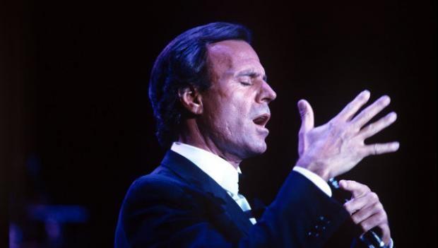 Хулио Иглесиас: у певца нашелся внебрачный сын https://joinfo.ua/showbiz/1209452_Hulio-Iglesias-pevtsa-nashelsya-vnebrachniy-sin.html