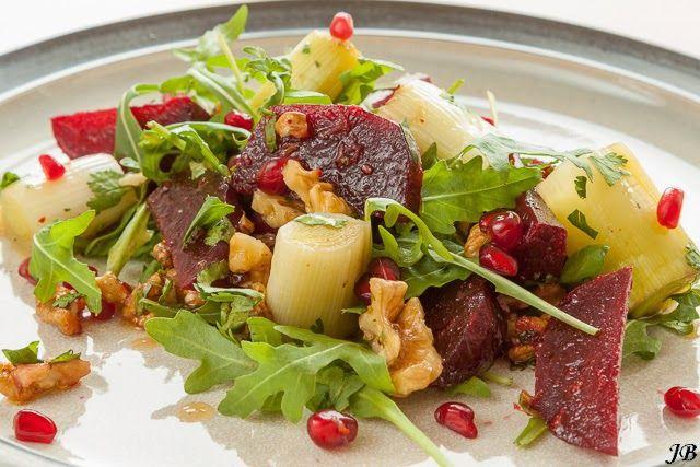 Carolines blog: Pittige salade van biet, prei & walnoten