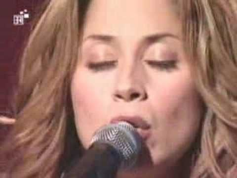 LARA FABIAN (Perdere L'amore) - YouTube