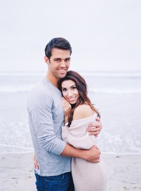 Glamorous + Romantic Torrey Pines Engagement Session – Silvana Gallegos