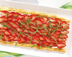 Strawberry Tart with Vanilla Mint Cream