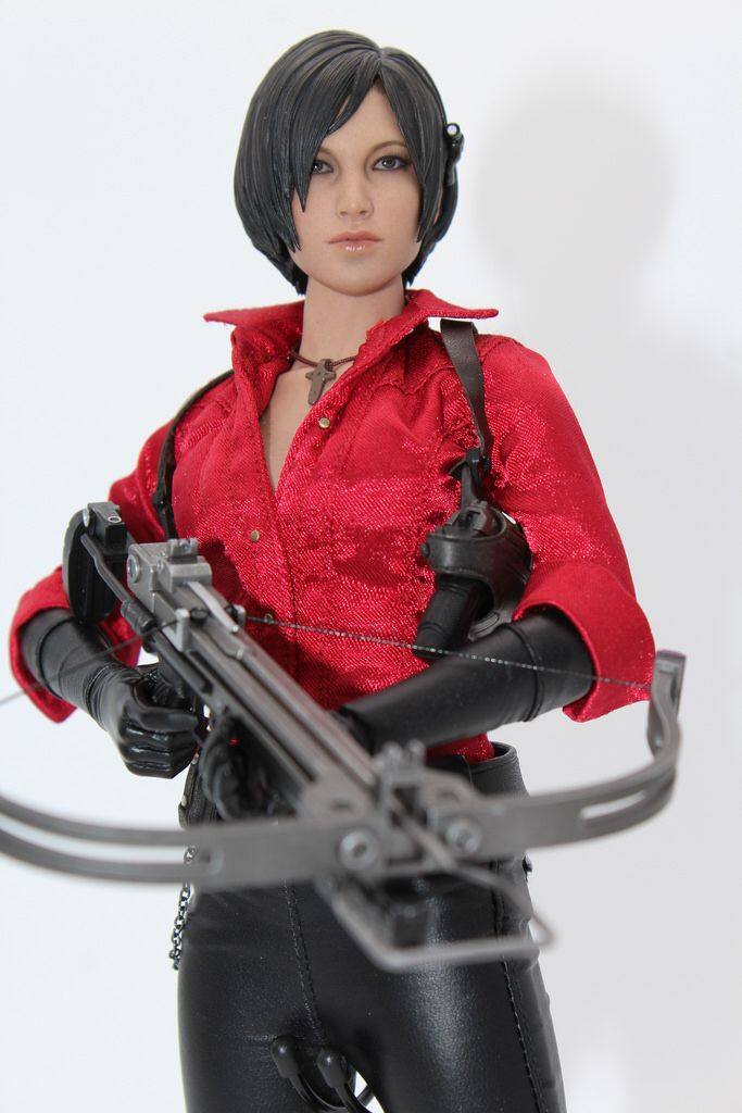 Hot Toys Ada Wong   Resident Evil 6 version of Ada Wong
