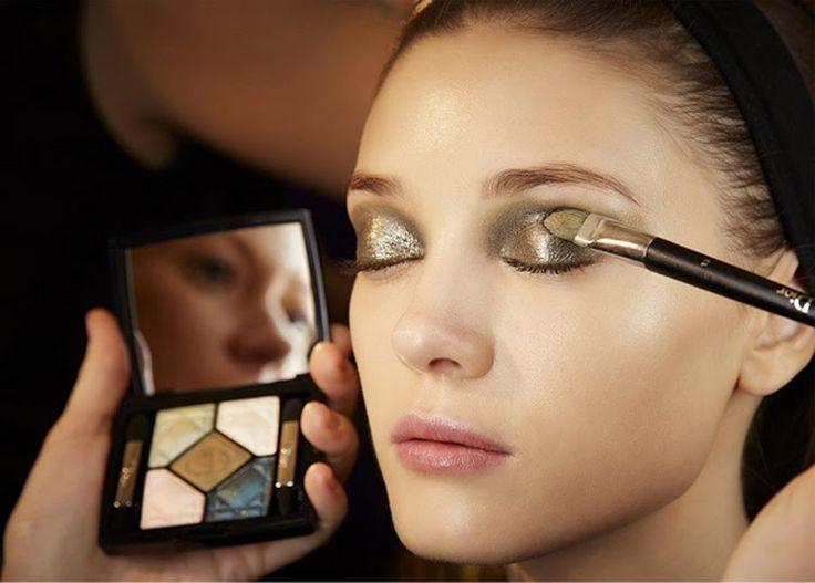 Dorados para tus ojos. #maquilladoresCiudadReal #CiudadReal #tendencia2015