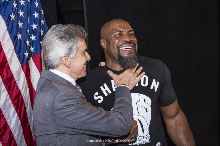 Shannon Briggs faces Fres Oquendo on 6/3 for WBA heavyweight title