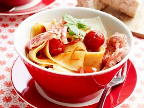 Pittige pappardelle met pancetta Italiaans genieten - Libelle Lekker!