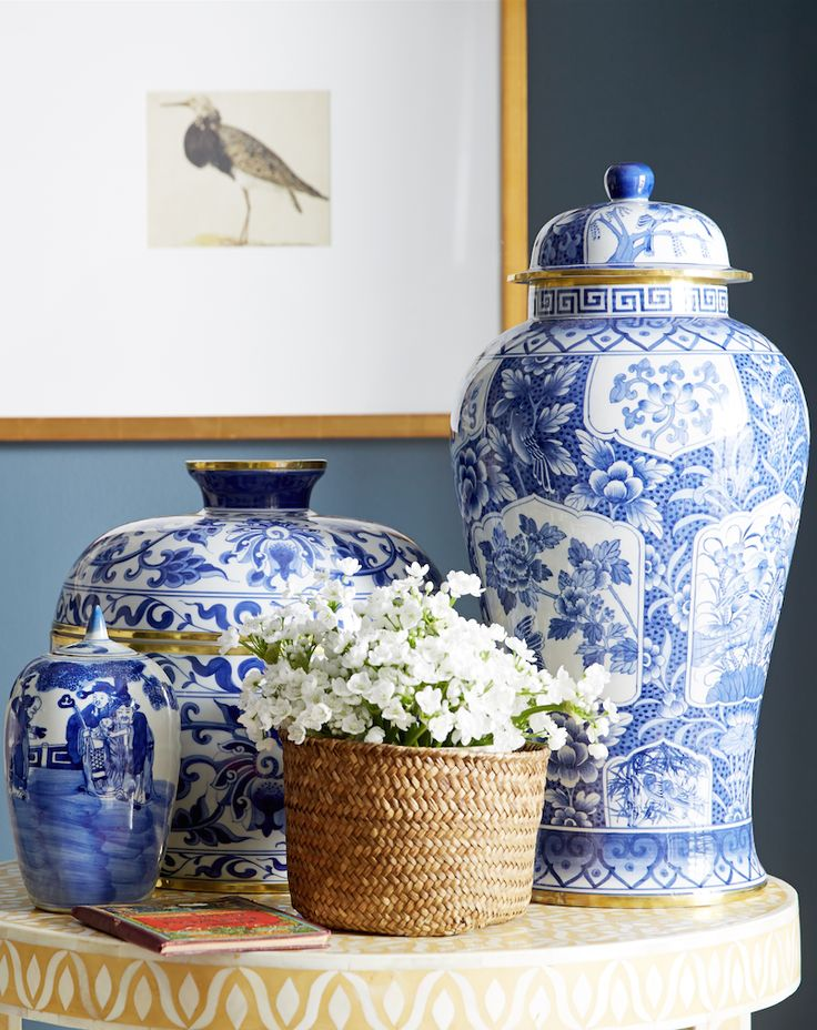 You can never have too much blue and white Chinoiserie accents!