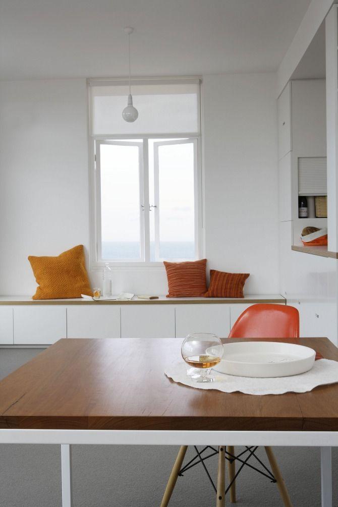 storage: hoop ply with white Laminex and polyurethane Apartment Barnes McManus - Tribe Studio Architects