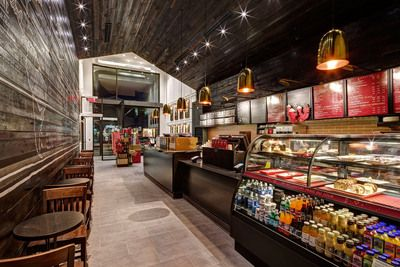 100th Starbucks® cafe is first Starbucks Reserve® coffee store in<br /> Quebec, featuring the Clover®...