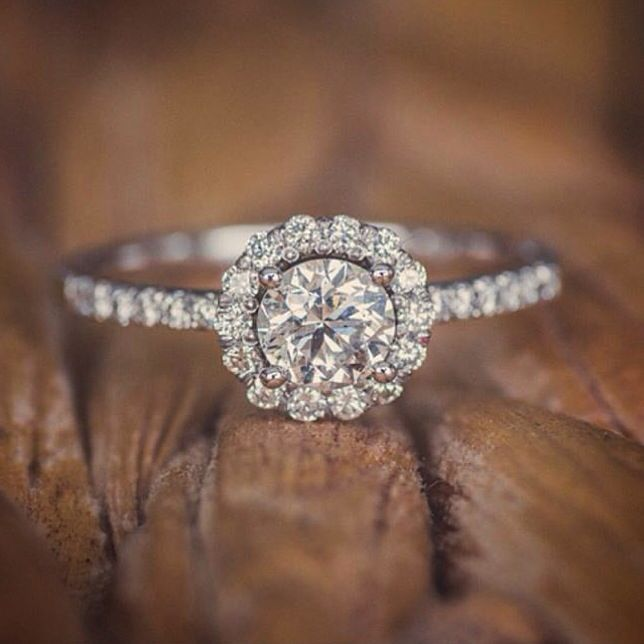 Planning a proposal? Let us design your ring.