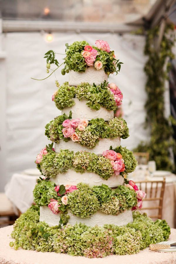 Luxe tiered garden inspired wedding cake filled with flowers (Pepper Nix Photography)