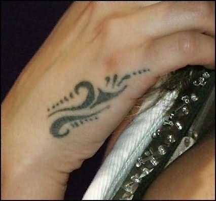 Beautiful Hand Tattoos For Girls