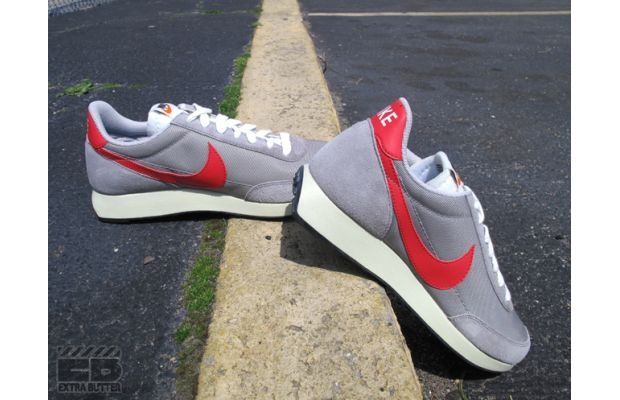 "Nike Air Tailwind ""Medium Grey/Action Red""   Love these"