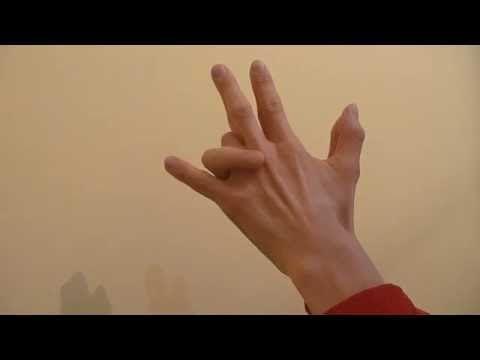 (4) Пальцевая гимнастика. Фингерфитнес. - YouTube