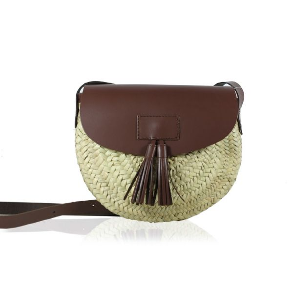 Shoulder Bag Mix of Straw and Leather in Brown by @Stella Rittwagen. 55€ www.dwappo.com