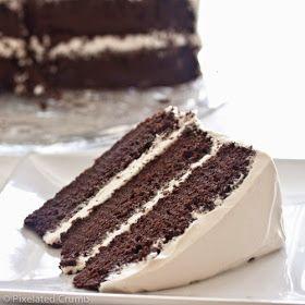 Ha szereted a csokit, ezt a receptet imádni fogod! A piskóta mámorítóan a c sokis, a krém pedig csod...