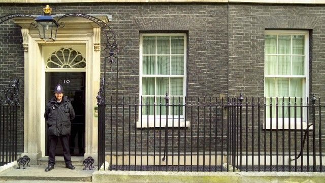 Visit Britain Prime Minister's Office, 10 Downing Street London .... ♥♥ ....
