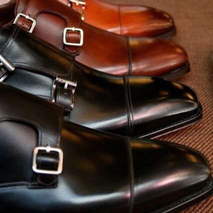 The beauty of @santoniofficial double buckle monk strap shoes... Shop your exclusive Santoni shoes online at www.violamilano.com #violamilano #handmade #madeinitaly #santoni #shoeporn #style #essential #iconic