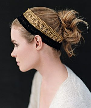 Stacking complementary hairbands : Easy Hairstyles, Head Bands, Simple Hairstyles, Hair Makeup Clothing, Double Headbands, Complementari Hairband, Hair Style, Hair Care, Hairstyles For Long Hair