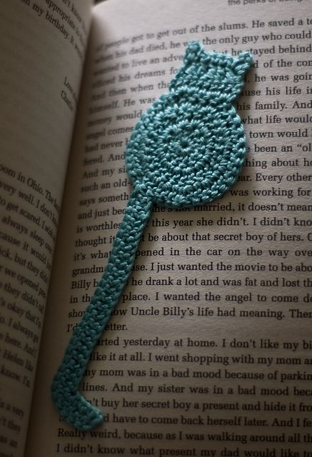 Knitted Cushion Cover Patterns : Ravelry: cat bookmark pattern by Justyna Kacprzak DIY CROCHET Pinterest ...