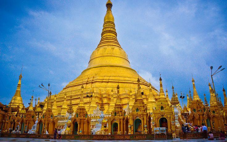 Shwedagon Pagoda, #Myanmar. www.quynhle.com