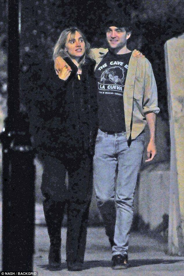 Robert Pattinson wie is hij dating Oekraïne dating sites 100 gratis