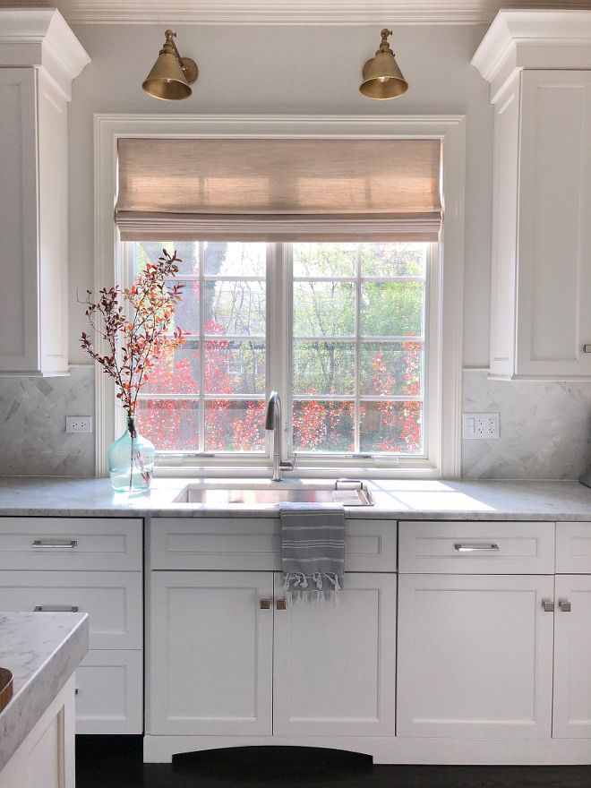 Fantastic Kitchen Curtains Above Sink Concepts If You Re Looking To Add A Little New Style As Kitchen Design Kitchen Window Design Kitchen Window Treatments