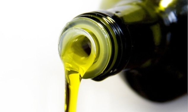 Cooking 101: How to Choose a Healthy Oil | SocialMoms #OliveOil #CoconutOil #Healthy