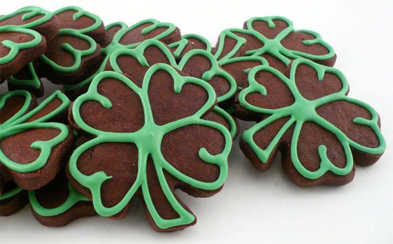 Decorated Cookies  Green Outlined Chocolate by katieduran on Etsy, $14.50   Her chocolate cookies taste really really good!