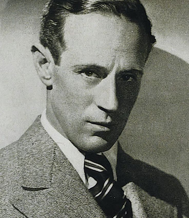 Leslie Howard, 1936