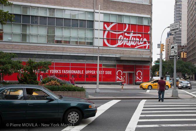 Le magasin de soldes par excellence de Manhattan ; Century 21.