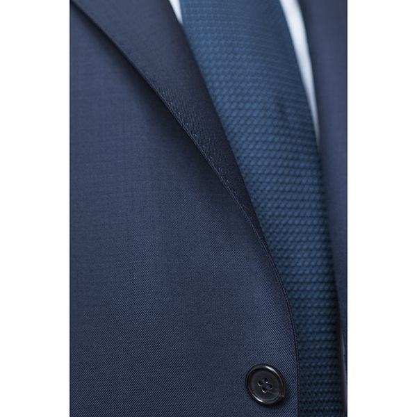 MILER Suit: lapel roll