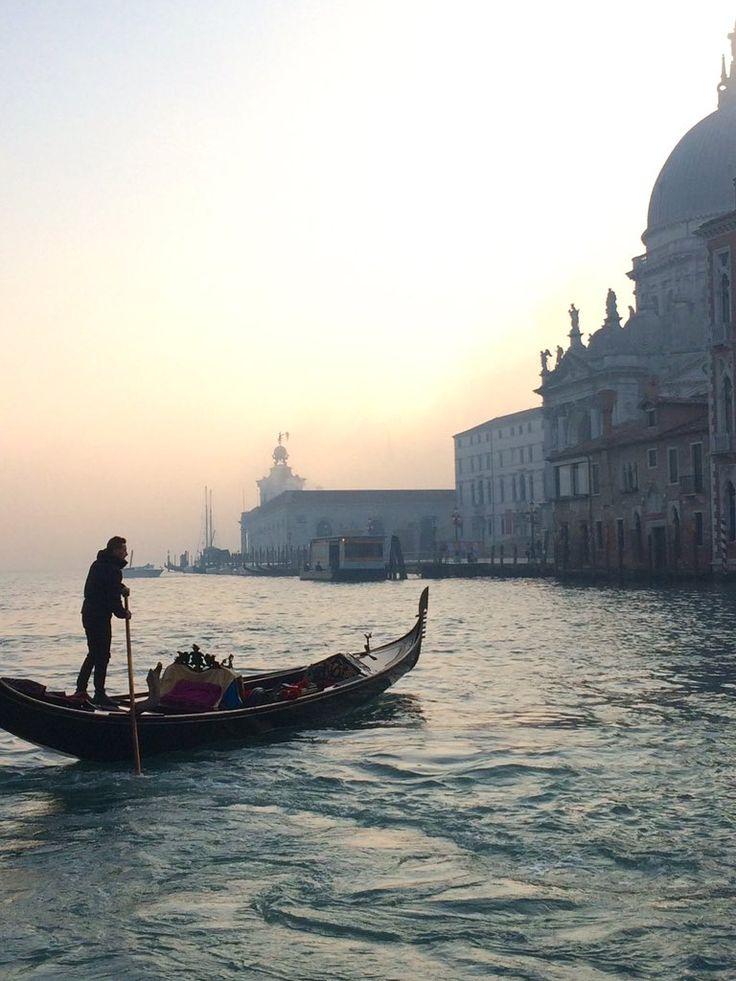 Il Canal Grande a Punta della Dogana e Basilica di Santa Maria della Salute, Venezia
