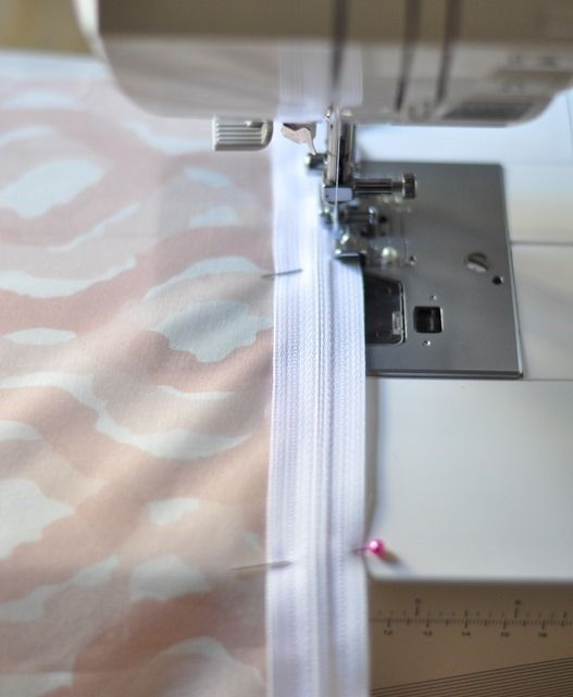 Centsational Girl's tutorial for sewing pillow covers with zippers. Definitely need this for the eight million outdoor cushions I plan to make for the #stylechallenge.