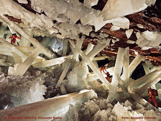 Cueva de los Cristales Gigantes en la mina de Naica situada a unos 100 km al sureste de la ciudad de Chihuahua. México