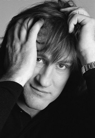 Gérard Depardieu - You don't have to be English or American to be a good Actor and he's the proof