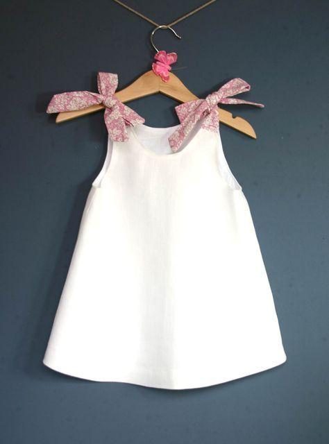 Robe bébé en lin blanc/ Robe de cérémonie