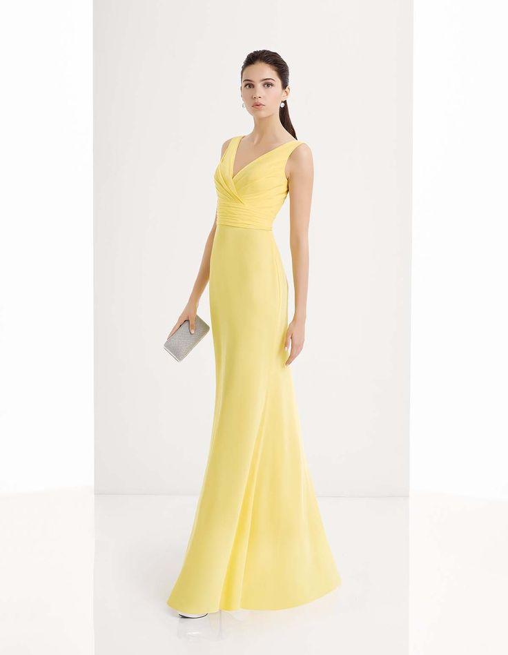 Abiti da Cerimonia su Aire Fiesta - Abito da invitata di nozze. Un modello lungo in colore giallo canarino