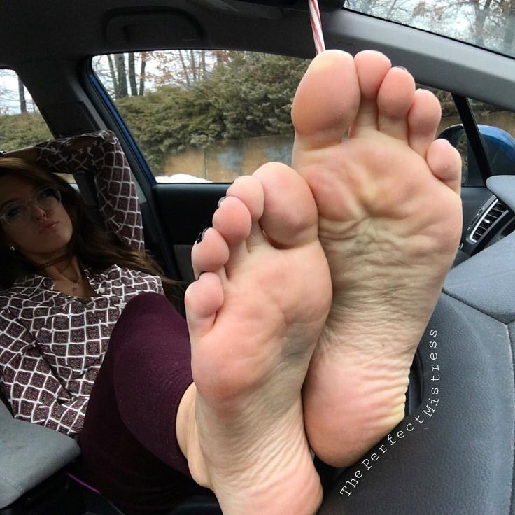 Makes themousepad wrinkled soles feet pics can see