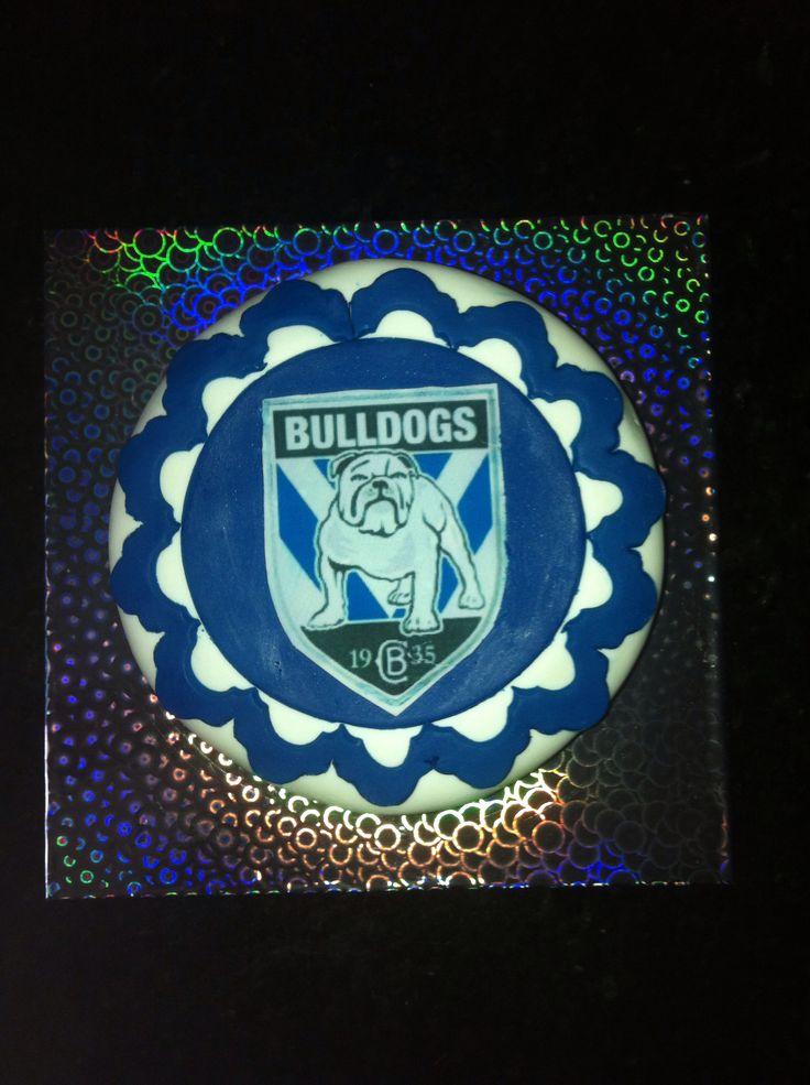 NRL bulldogs cake