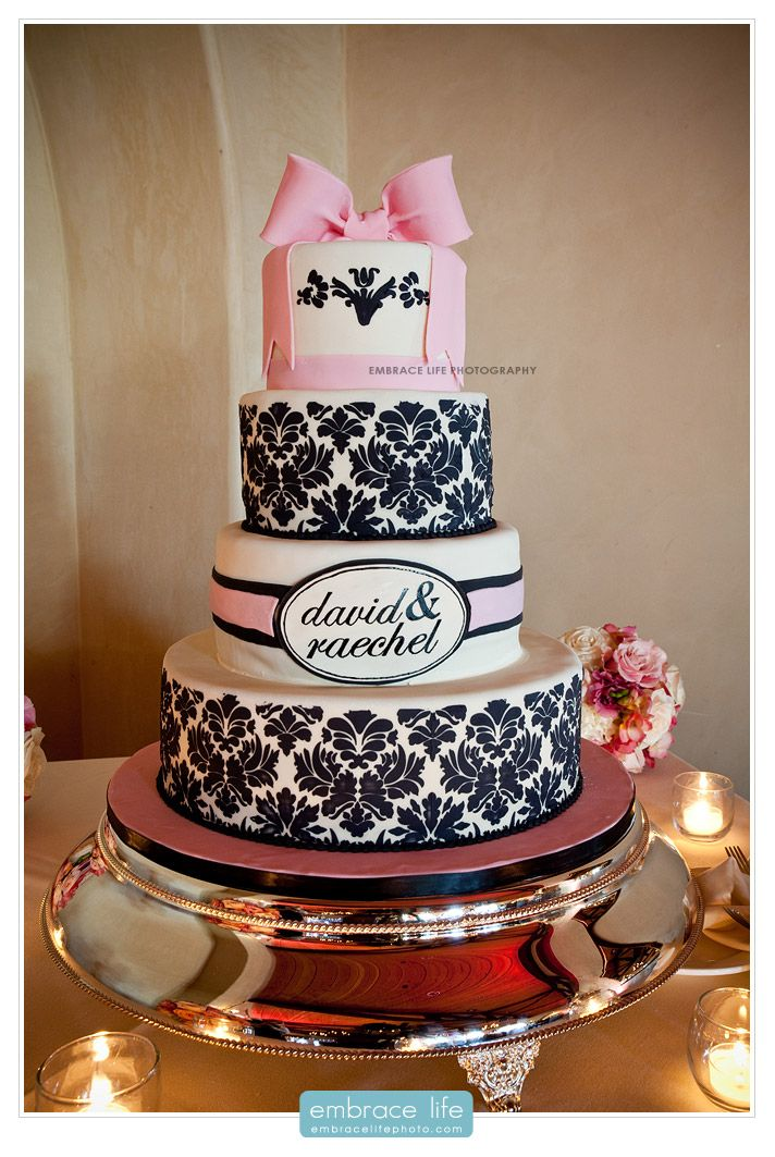 fun victorian patterned wedding cake with large fondant bow sacramento weddings northern. Black Bedroom Furniture Sets. Home Design Ideas