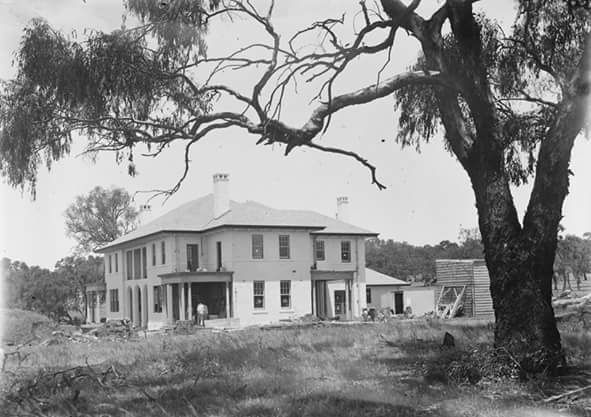 Building The Lodge, 1920s