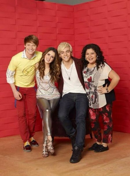 Austin and Ally cast (Calum Worthy, Laura Marano, Ross Lynch & Raini)
