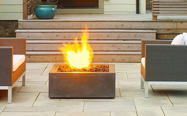 CONTEMPORARY FIRE PIT | Recent Photos The Commons Getty Collection Galleries World Map App ...