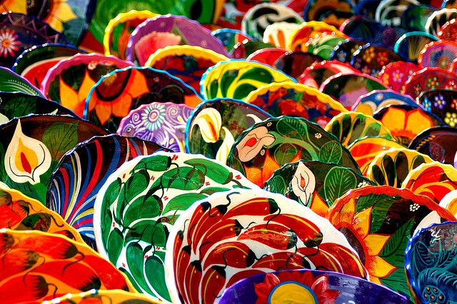 Mexican pottery on sale at a market, route to Tulum from Chichen Itza, Yucatan, Mexico.